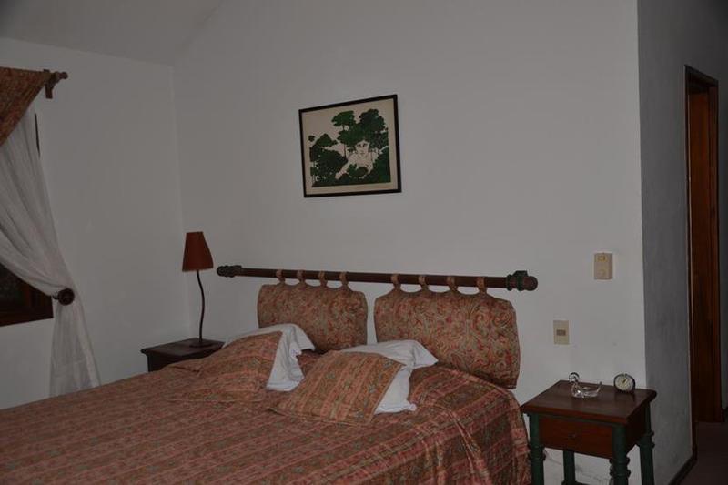 Foto Casa en Venta en  Rincón del Indio,  Punta del Este  Hermosa Casa con Excelente Entorno Ubicada en  Pleno Corazón de Rincón del Indio
