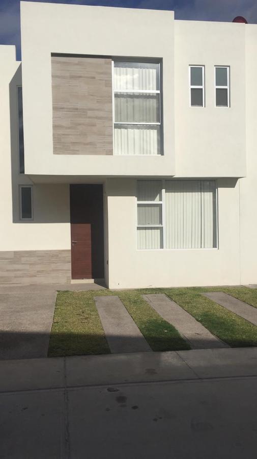 Foto Casa en Renta en  Pozos Residencial,  San Luis Potosí  Casa en renta en Puerta Natura muy cerca de la Zona Industrial