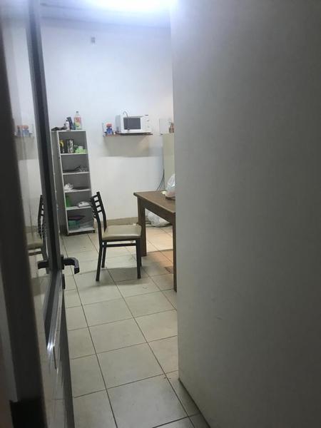 Foto Local en Alquiler en  La Plata ,  G.B.A. Zona Sur  51 entre 16 y 17