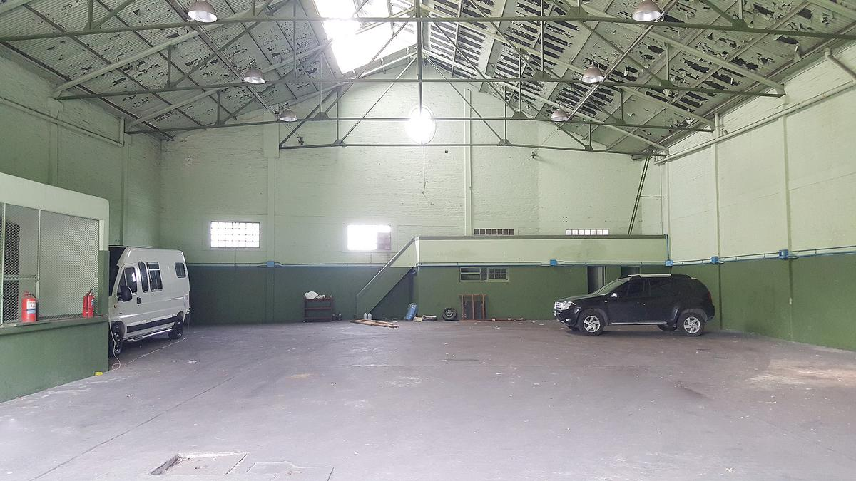 Foto Galpón en Alquiler en  Ensenada,  Ensenada  Gaggino N°213