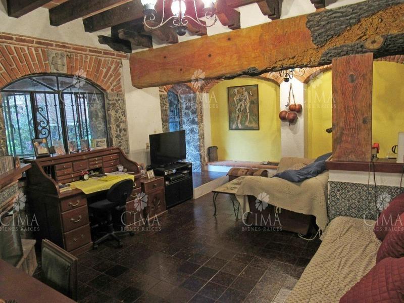 Foto Casa en Venta en  Fraccionamiento Rancho Cortes,  Cuernavaca  VENTA CASA COLONIAL MEXICANO EN CUERNAVACA - V94