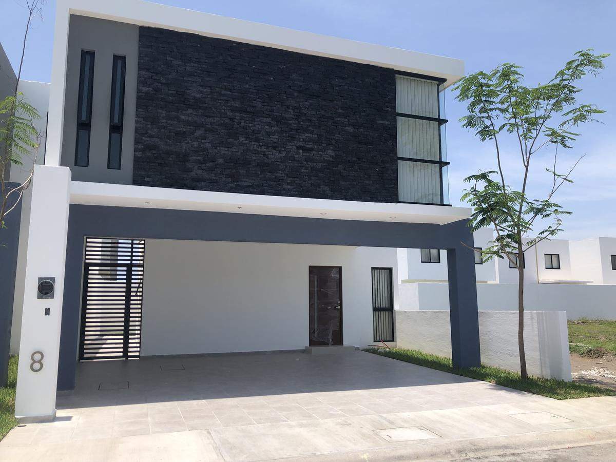 Foto Casa en Venta |  en  Fraccionamiento Lomas de la Rioja,  Alvarado  Fracc. Lomas de la Rioja, Alvarado, Ver. - Casa en venta