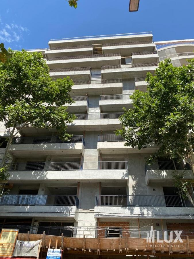 Venta Departamento Monoambiente amplio frente mercado del patio excelente - Rosario