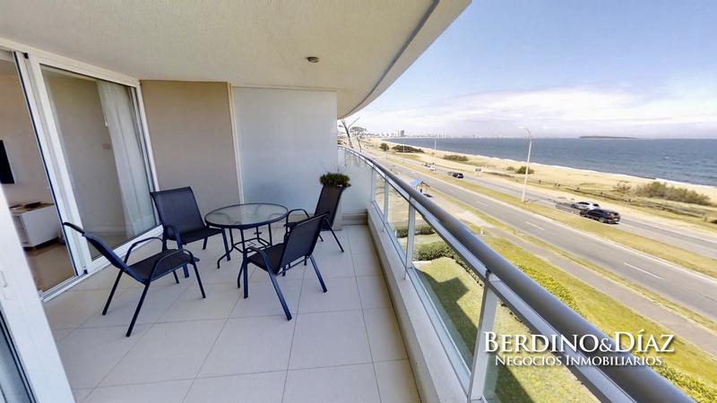Foto Departamento en Venta en  Pinares,  Punta del Este  ¡Espectacular! 3 dormitorios con parrillero sobre la Mansa