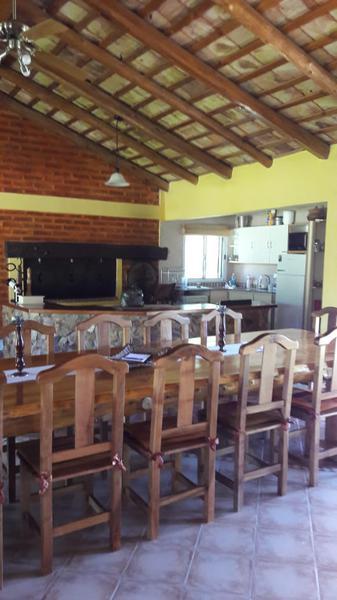 Foto Casa en Venta |  en  General Roca,  General Roca  Bº POSTA DE LA CASONA