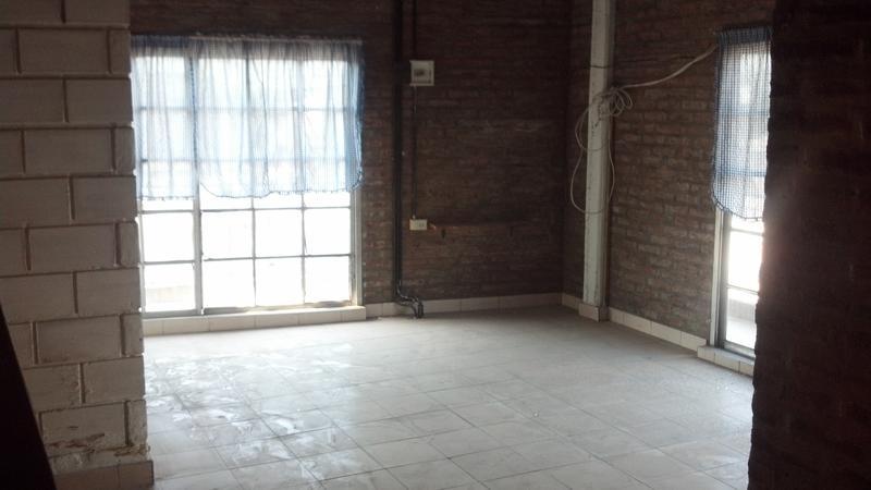 Foto Casa en Venta en  Jose Clemente Paz,  Jose Clemente Paz  Avenida Sarmiento al 5500
