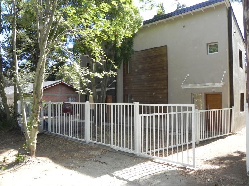Foto Casa en Venta en  Pinar de Festa,  San Carlos De Bariloche  Fuinque