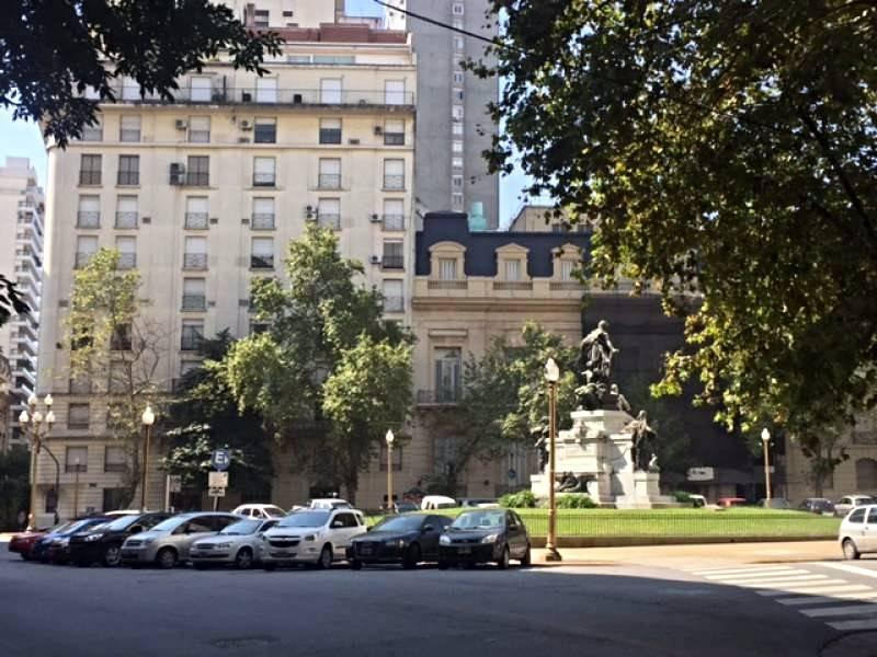 Foto Departamento en Alquiler en  Recoleta ,  Capital Federal  Libertad al 1300