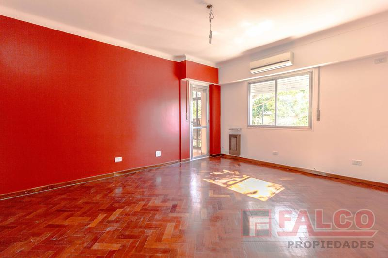 Foto Departamento en Venta en  Parque Chacabuco ,  Capital Federal  Curapaligue al 900