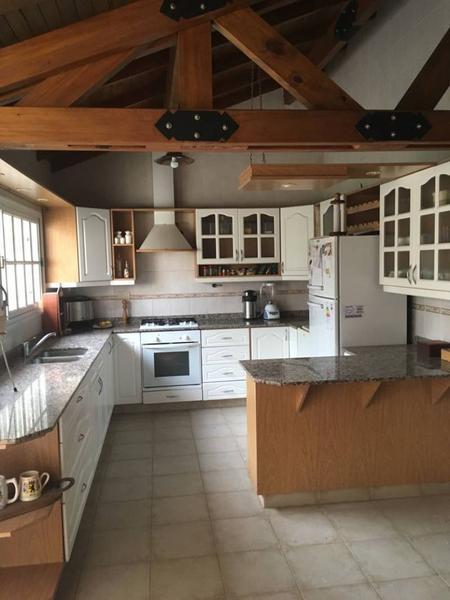 Foto Casa en Venta en  Capital ,  Neuquen  MERCANTILES.-Pudu al 600