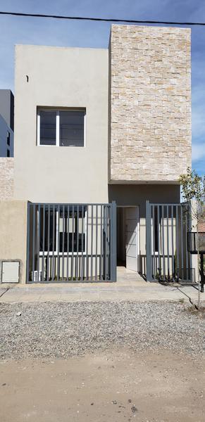 Foto Casa en Venta en  Neuquen,  Confluencia  DUPLEX CONFLUENCIA DEWEY