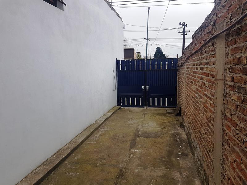 Foto Depósito en Venta en  Lomas De Zamora ,  G.B.A. Zona Sur  OLIDEN 950