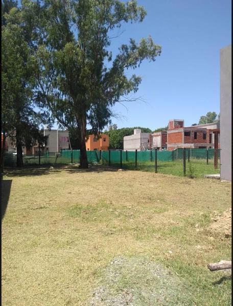 Foto Terreno en Venta en  Barrio Parque Leloir,  Ituzaingo  Fitz Roy al 3600