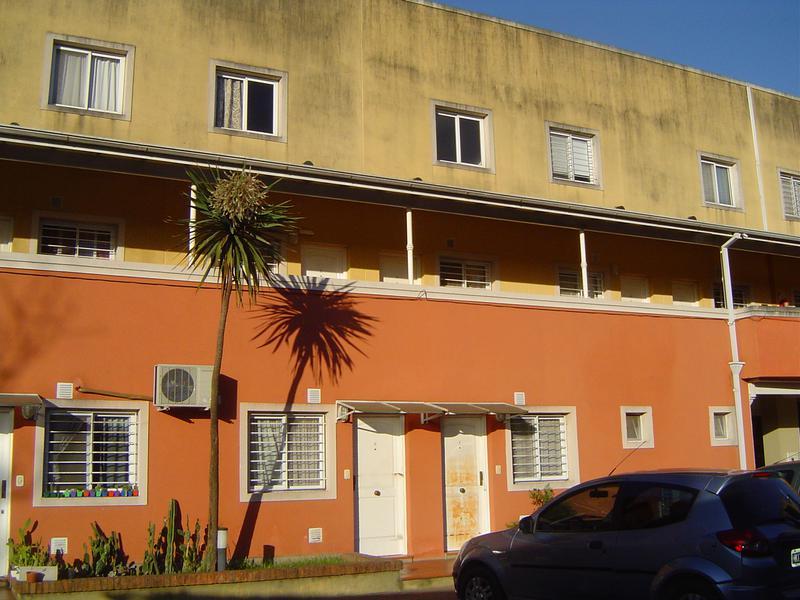 """Foto Departamento en Alquiler en  Esc.-Centro,  Belen De Escobar  Sarmiento 860 dpto """"19"""""""