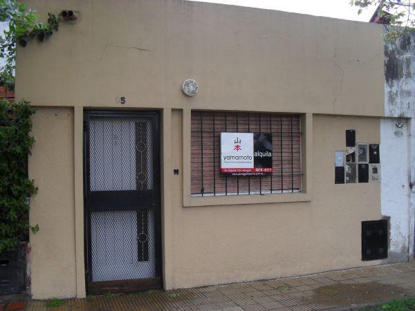 Foto Departamento en Alquiler en  Burzaco,  Almirante Brown  Asamblea 95, Burzaco