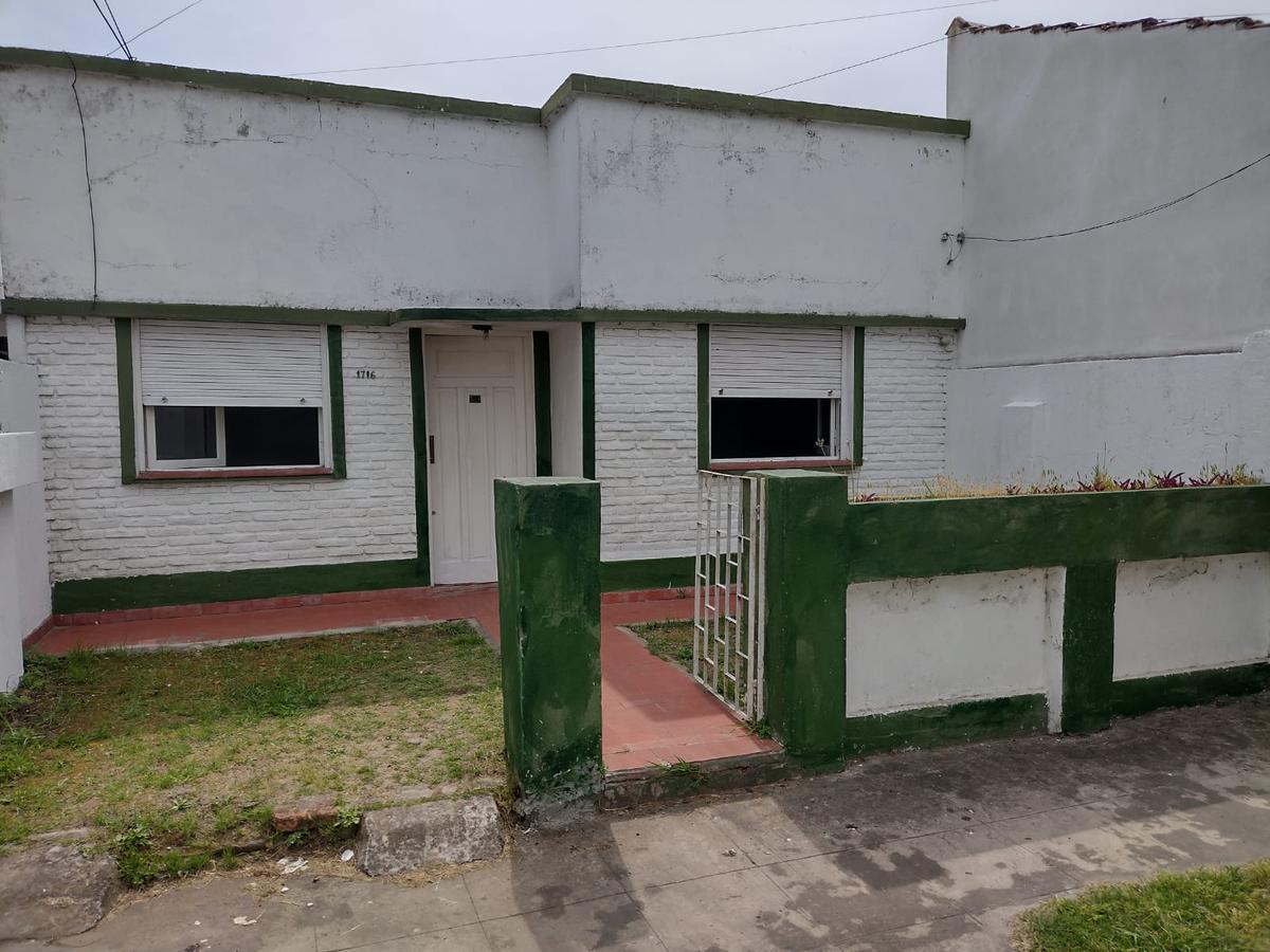 Foto Casa en Alquiler en  La Plata,  La Plata  29 e/67 y 68