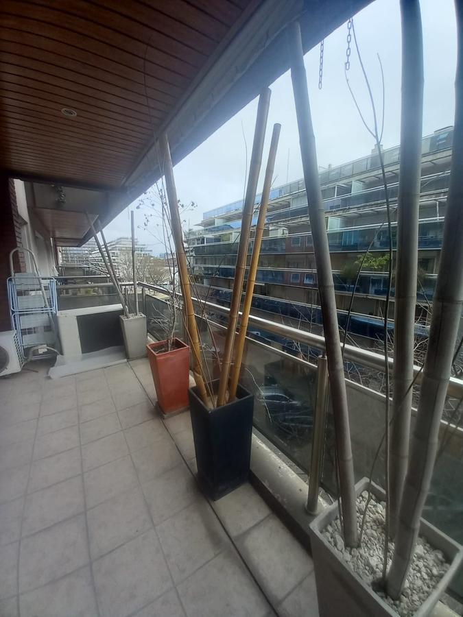 Foto Departamento en Venta en  Puerto Madero ,  Capital Federal  OLGA COSSETTINI  1100
