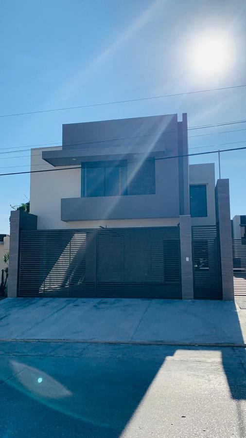 Foto Casa en Venta |  en  Ciudad Madero ,  Tamaulipas  Col Unidad Nacional