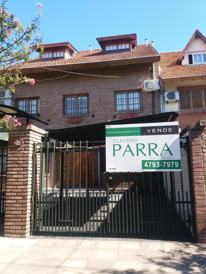 Foto Casa en Venta en  Martinez,  San Isidro  PARANA al 2400