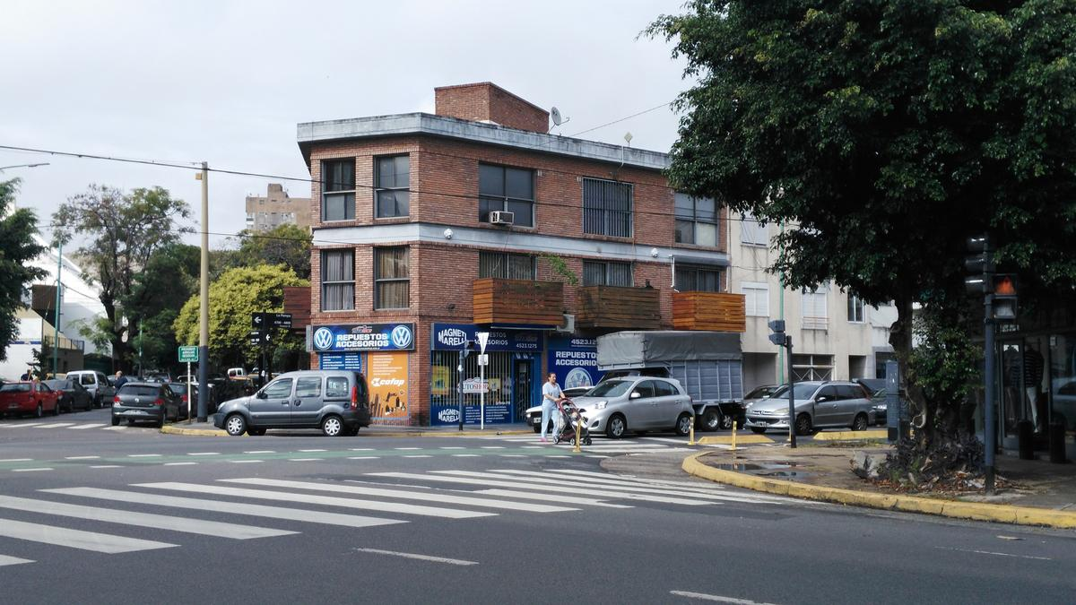 Foto Local en Venta en  Villa Urquiza ,  Capital Federal  La Pampa al 4700