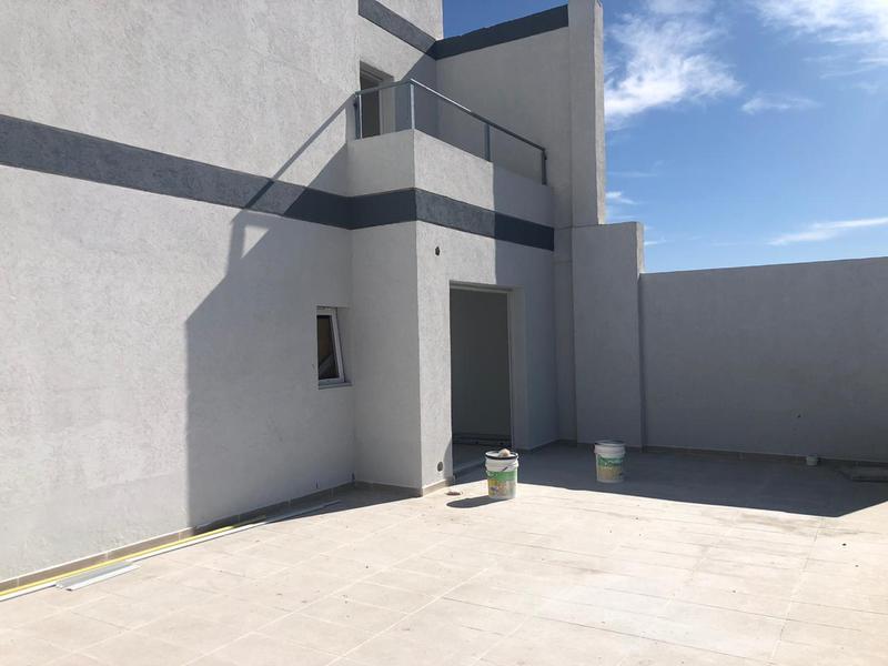 Foto Departamento en Venta en  Area Centro,  Cipolletti  Italia al 400