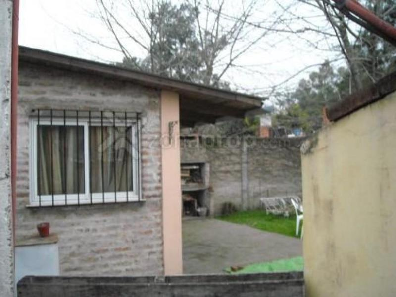 Foto Casa en Venta en  Barrio Parque Leloir,  Ituzaingo  Del Pretal al 300