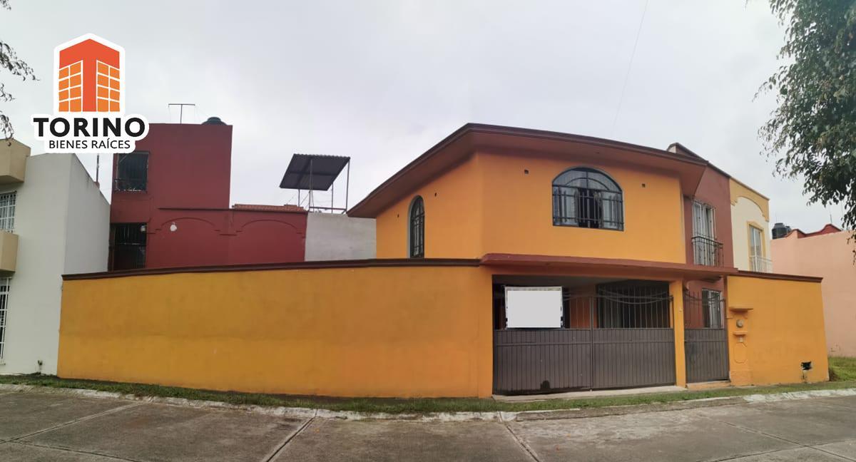 Torino Bienes Raices Casa En Venta En Fraccionamiento Las