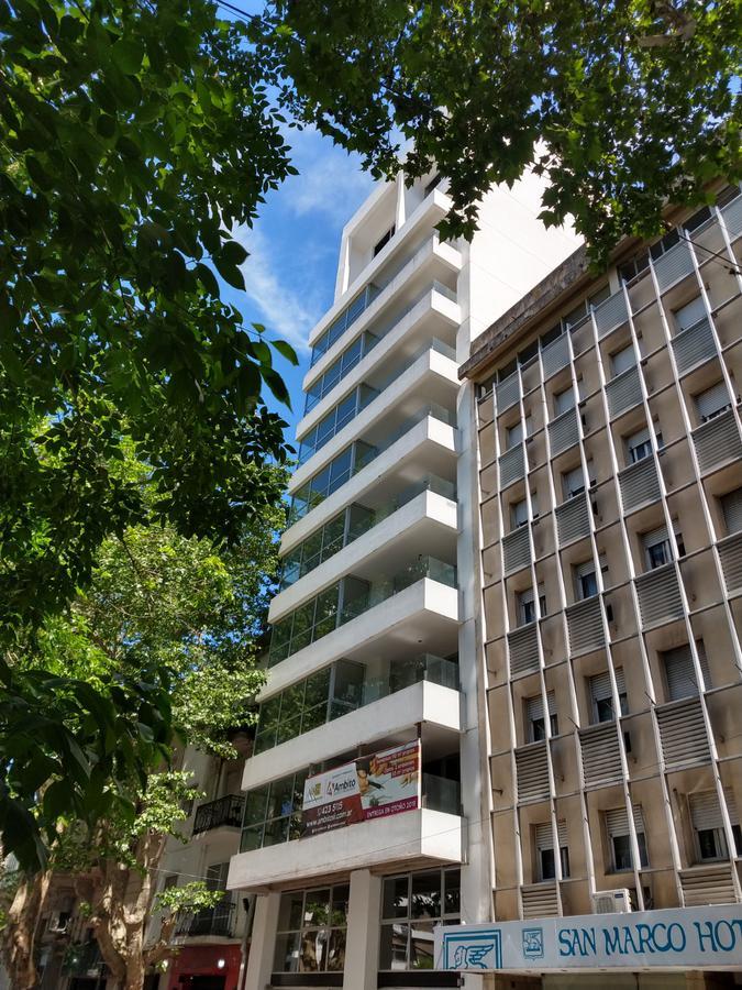 Foto Departamento en Venta en  Microcentro,  La Plata  54 entre 5 y 6