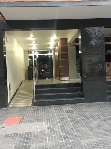 Foto Departamento en Alquiler en  San Miguel De Tucumán,  Capital  Av. Salta al 800