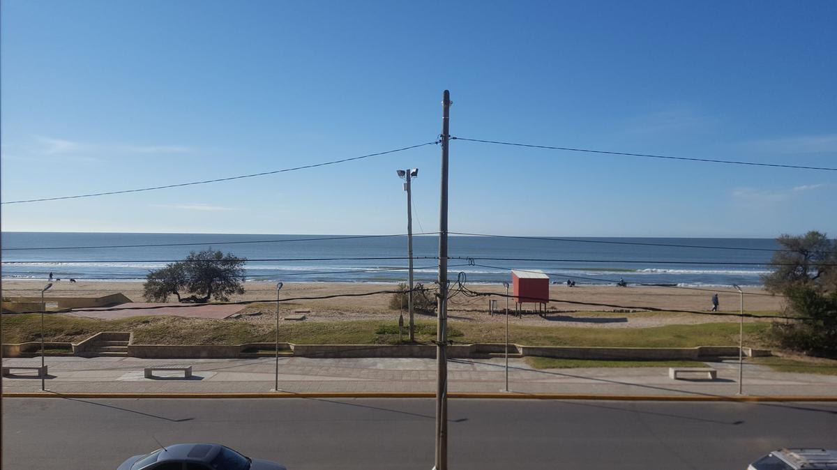 Foto Departamento en Alquiler en  San Bernardo Del Tuyu ,  Costa Atlantica  Av. costanera 2750 - 1° A, San bernardo