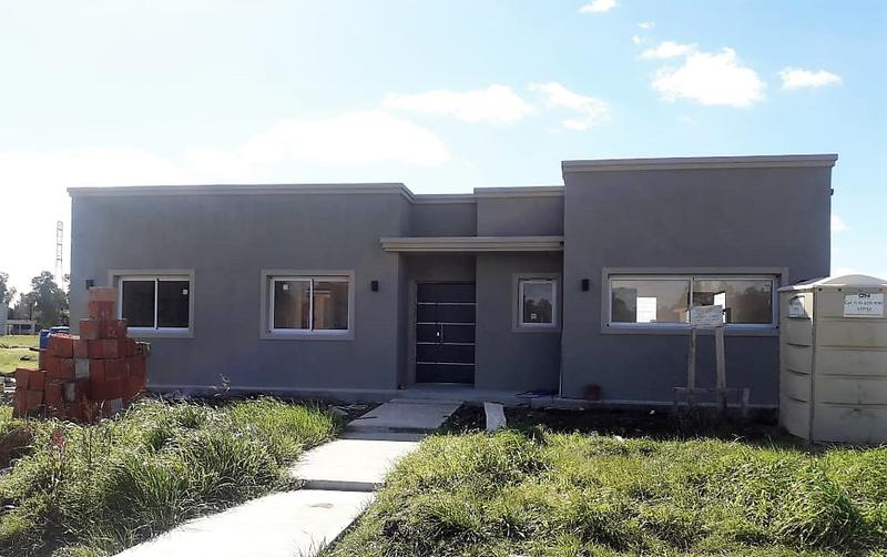Foto Casa en Venta en  La Pista,  Ingeniero Maschwitz  Casa a estrenar 4 amb en Barrio El Ensueño, Ing. Maschwitz(Entrega Sept.  2019)