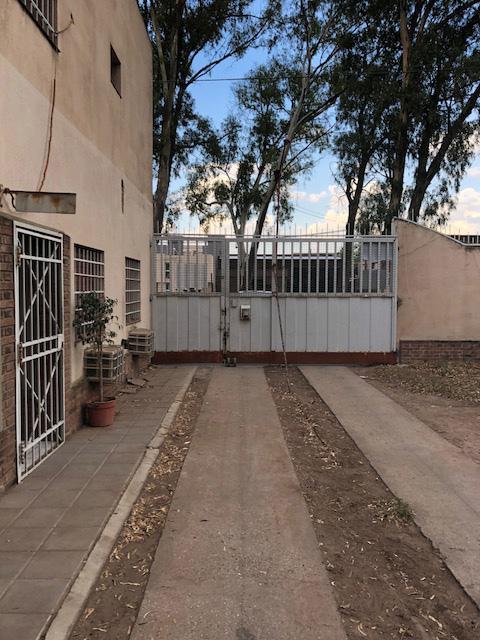Foto Depósito en Venta en  Bahia Blanca ,  Interior Buenos Aires  Av Arias al 100