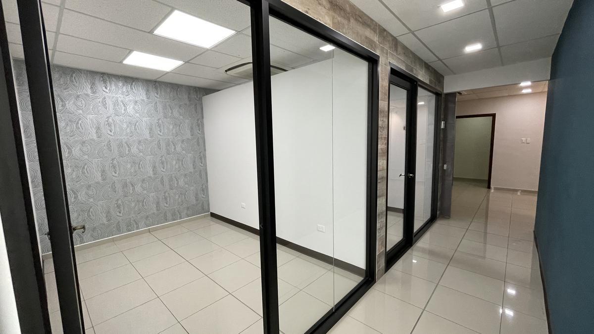 Foto Oficina en Renta en  Boulevard Morazan,  Tegucigalpa  Oficina Comercial en Renta, Boulevard Morazan, Tegucigalpa
