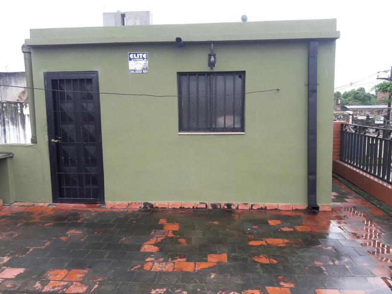 Foto Casa en Venta en  Av. Roca ,  San Miguel De Tucumán  Av Roca al 1500