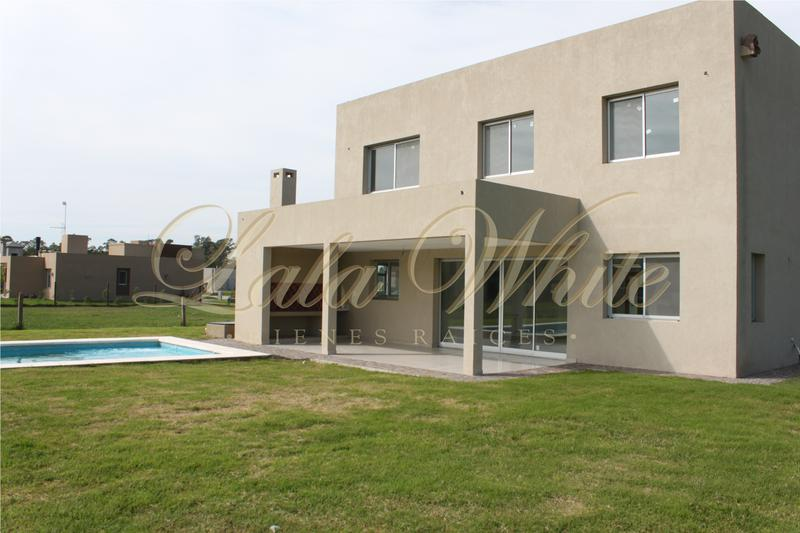 Foto Casa en Venta en  Santa Ines,  Countries/B.Cerrado (E. Echeverría)  Venta - Casa a estrenar en Santa Ines - Canning