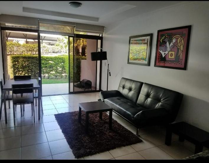 Foto Departamento en Renta en  Piedades,  Santa Ana  Rio Oro de Santa Ana / Country Club / Amueblado