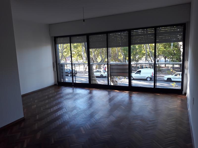 Foto Departamento en Alquiler en  Colonia del Sacramento ,  Colonia  Gral Flores al 500
