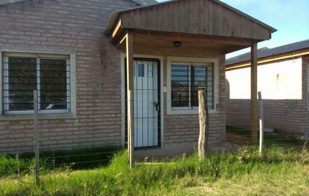 Foto Departamento en Alquiler en  Toay,  Toay  Saavedra al 1400