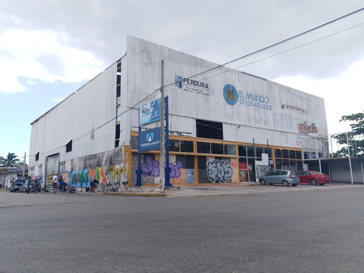 Foto Bodega Industrial en Renta en  Playa del Carmen ,  Quintana Roo  BODEGA EN RENTA/VENTA