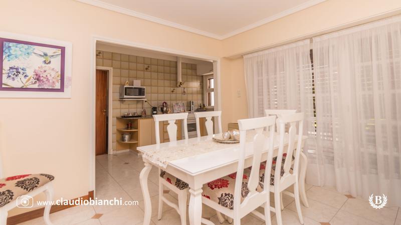 Foto Casa en Venta en  P.Mogotes,  Mar Del Plata  Croce 2743