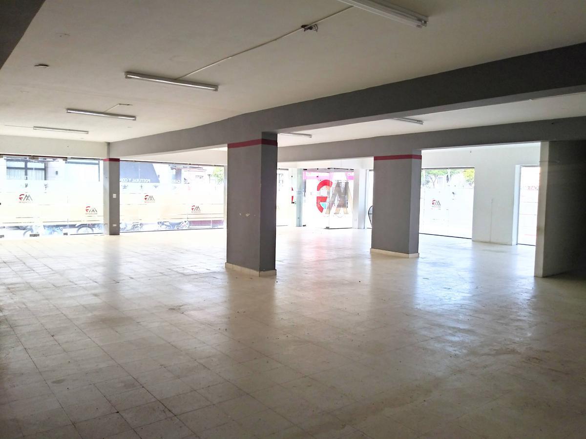 Foto Local en Alquiler en  Gualeguaychu,  Gualeguaychu  Ayacucho y San Martin