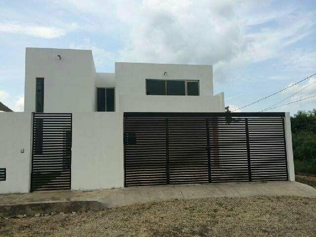 Foto Casa en Renta en  Fraccionamiento Nuevo Yucatán,  Mérida  Hermosa residencia de 3 hab. y con piscina cerca de la Macroplaza y Altabrisa, al norte de Mérida, Yuc., Méx.