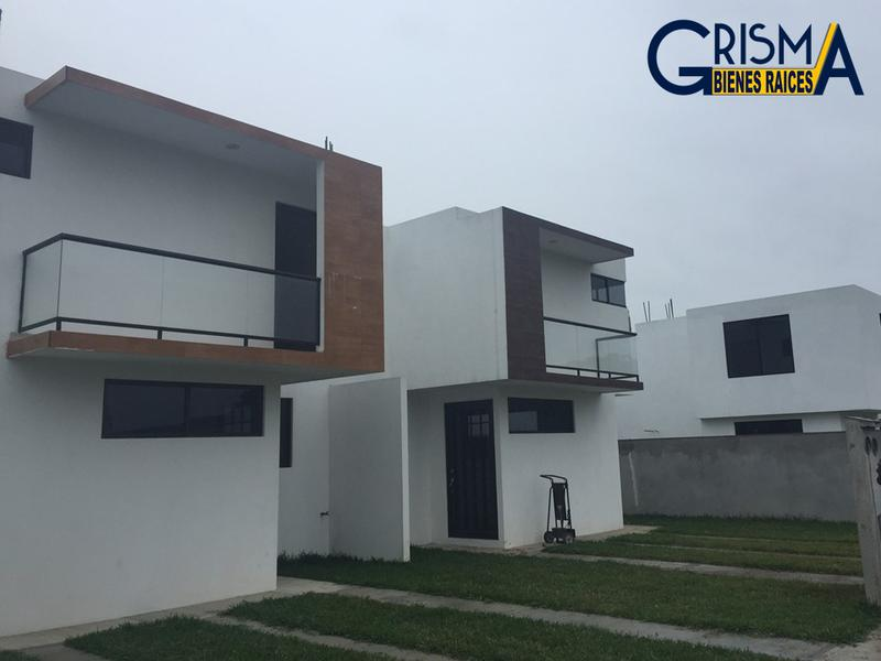 Foto Casa en Venta en  El Naranjal,  Tuxpan  PRECIOSAS CASAS NUEVAS