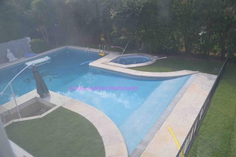 Foto Casa en Venta en  Septiembre,  Countries/B.Cerrado (Escobar)  Septiembre