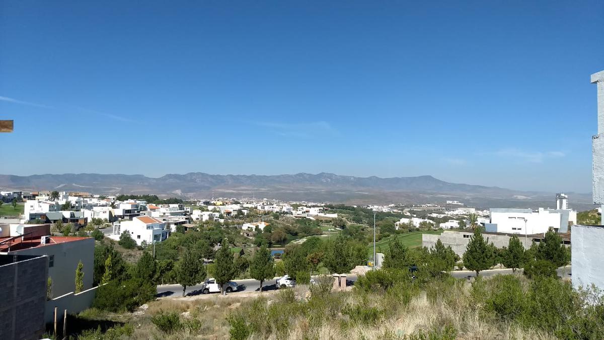 Foto Terreno en Venta en  San Luis Potosí ,  San luis Potosí  TERRENO EN VENTA EN LA LOMA CLUB DE GOLF,  SAN LUIS POTOSI