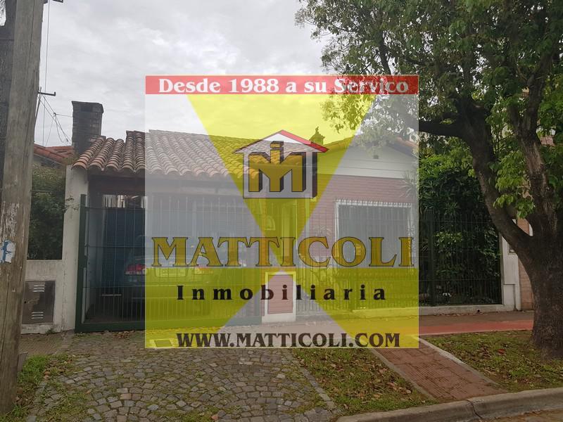 Foto Casa en Venta |  en  San Andres,  General San Martin  Francisco Hue al 3100