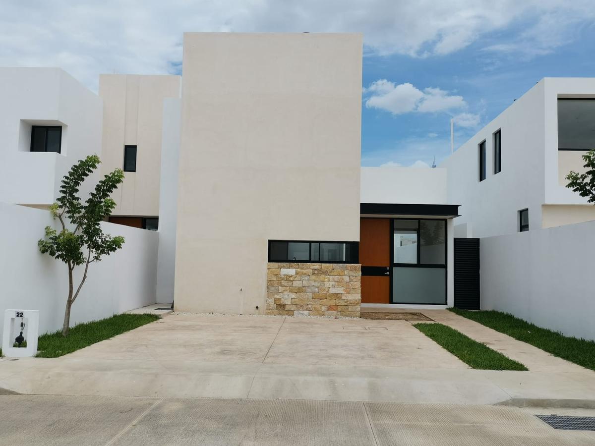 Foto Casa en Venta en  Pueblo Cholul,  Mérida  CCasa de 1 Planta Privada Gardena (Mod.Begonia) LOTE 22