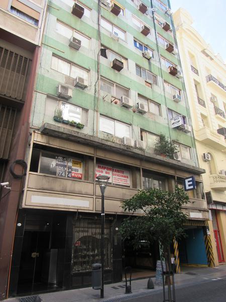 Foto Departamento en Alquiler en  Centro (Capital Federal) ,  Capital Federal  Esmeralda al 600
