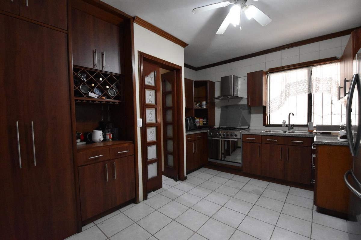 Foto Casa en Venta en  Cumbres,  Monterrey  VENTA CASA CUMBRES 5 SECTOR