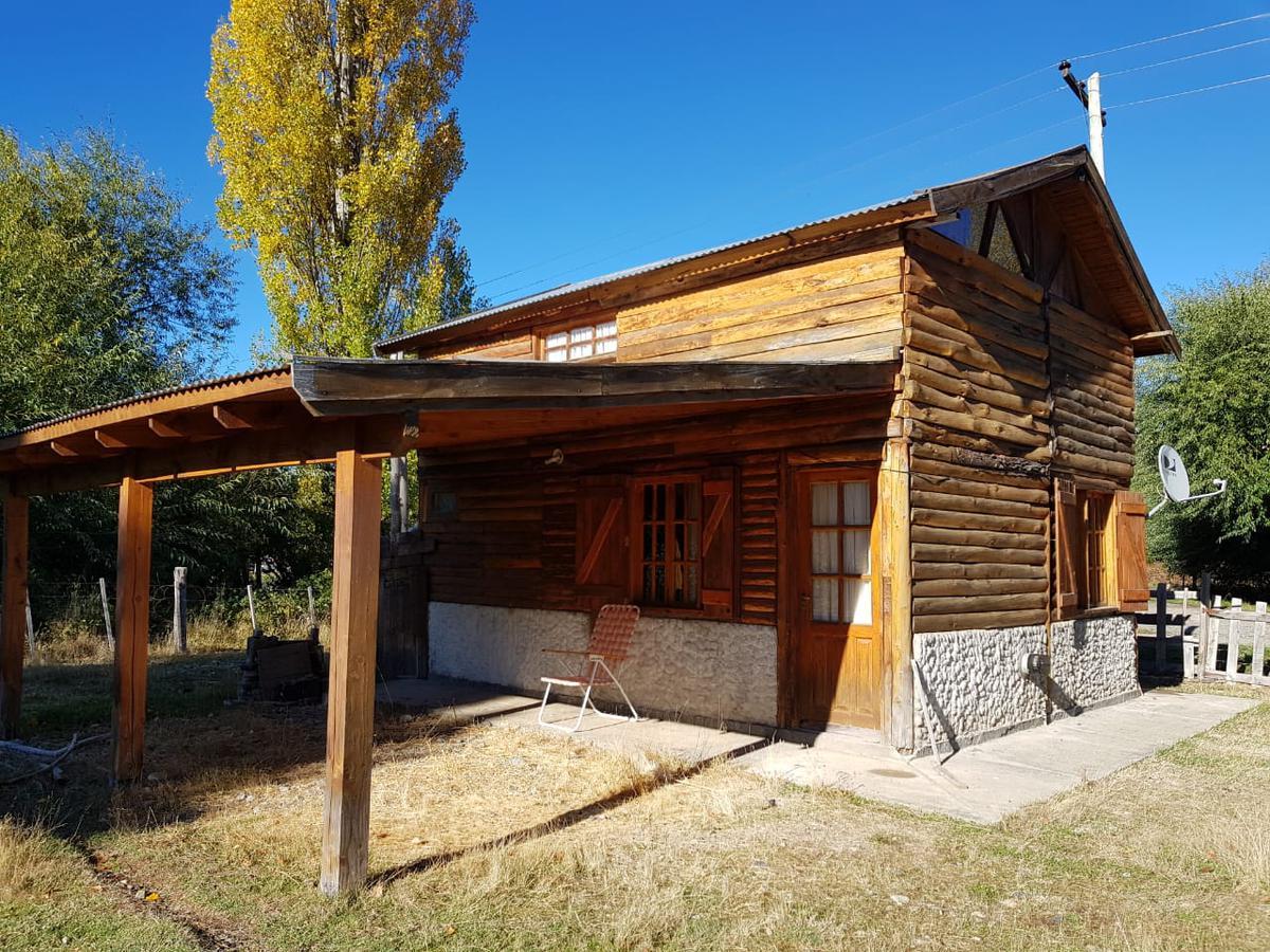 Foto Casa en Venta en  Centro,  El Hoyo     RR3822